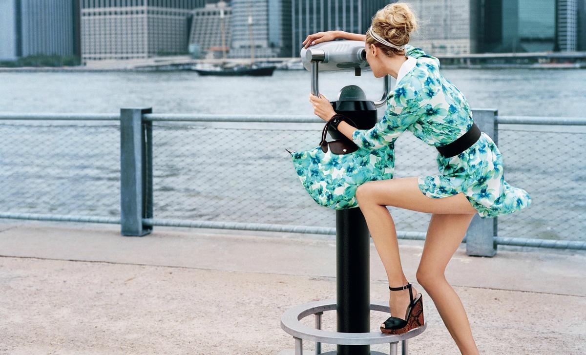 Срывает одежду на улице онлайн 15 фотография