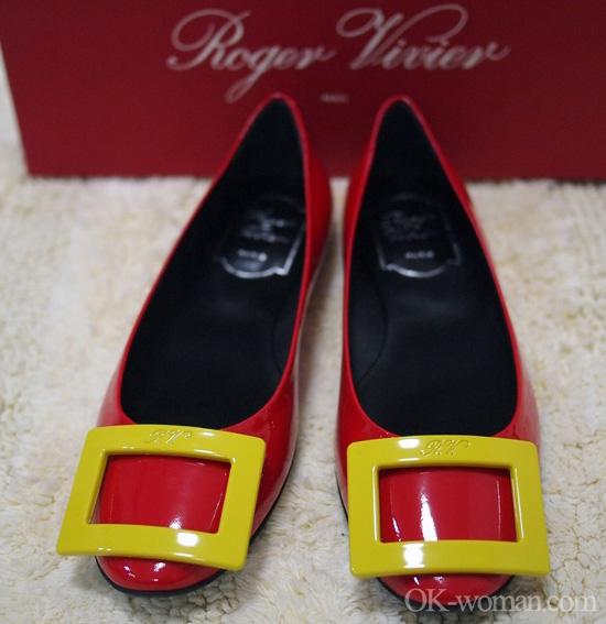 Red patent leather flats shoes