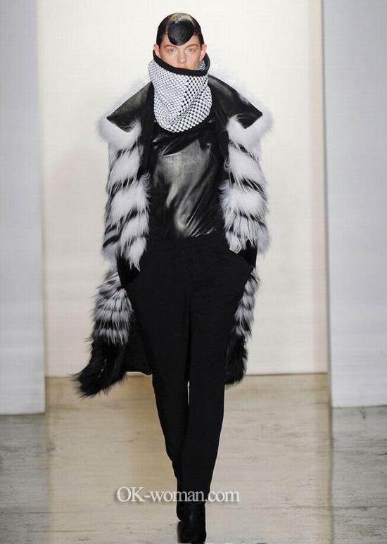 Ohne Titel. Fur coats 2013