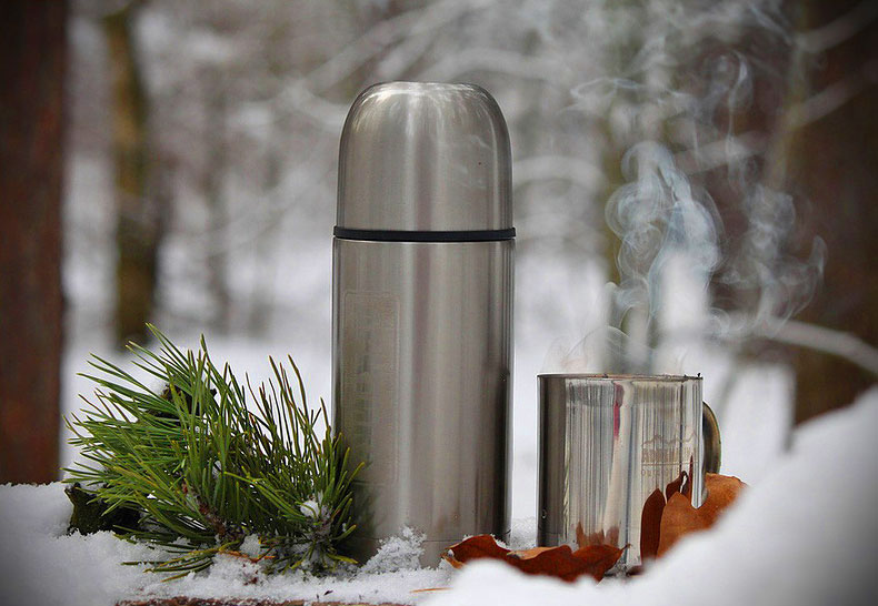 How to stay warm in winter, hot tea