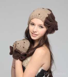 types of winter hats for women website for women. Black Bedroom Furniture Sets. Home Design Ideas