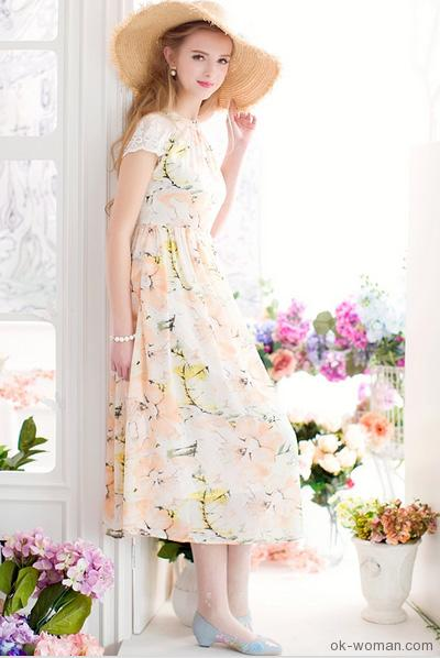 Romantic Clothing - Beautiful girl with summer mood
