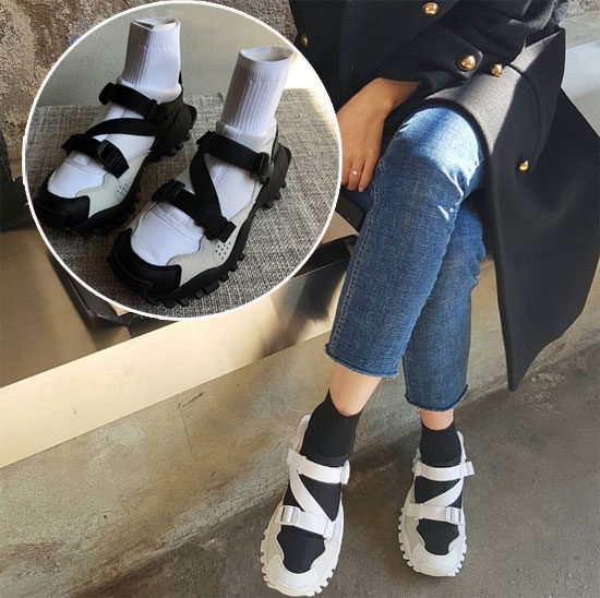 Shoes for Bunions and Hallux Valgus